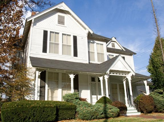 Remembering the historic Achauer home