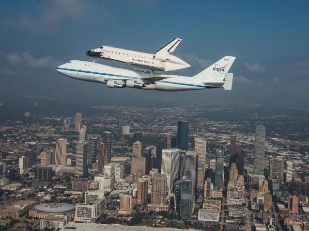 Shuttle+to+sightsee+around+Calif.+with+flybys