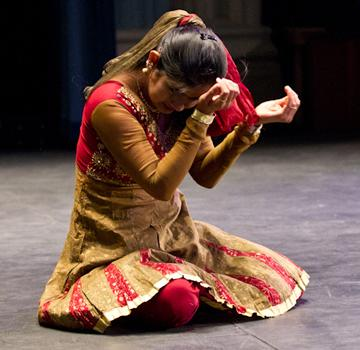 (Photo by Andrew Mather, digitalBURG) Amruta Giri performs an Indian classical dance during the Family Weekend Talent Show.