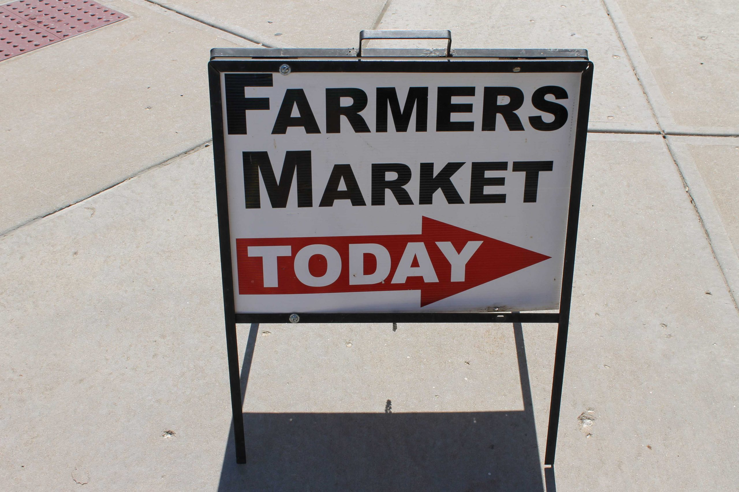Photo+Gallery%3A+Farmer%26%23039%3Bs+Market+showcases+local+produce