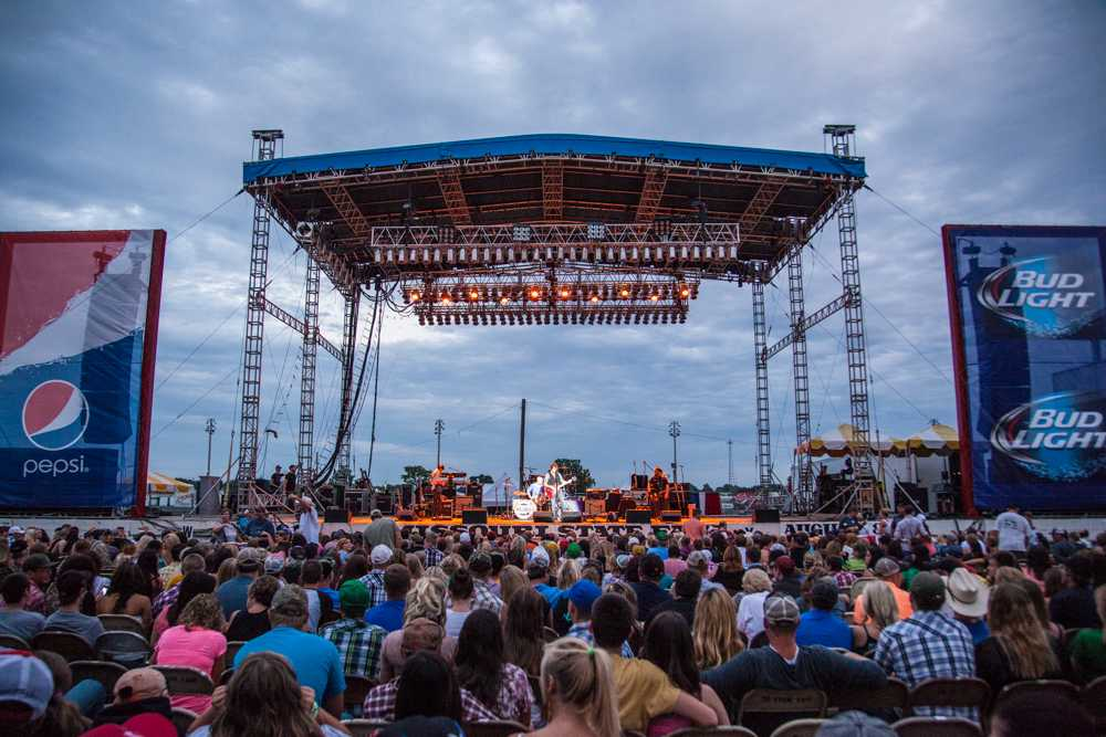 Will+Hoge+and+Chris+Cagle+open+Pepsi+Grandstand+at+the+State+Fair