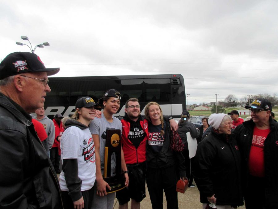 Jennies welcomed back after championship win