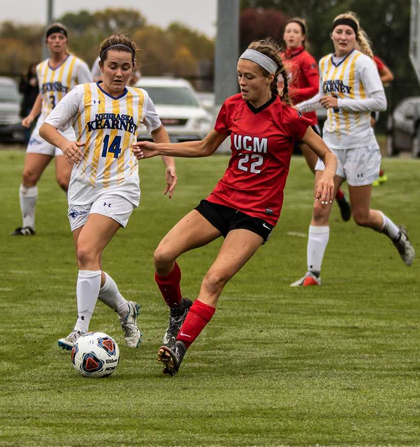 Sophomore forward Makayla Toth has scored seven goals and added seven assists to be the Jennies second leading scorer. (Photo by Peter Spexarth/For the Muleskinner)