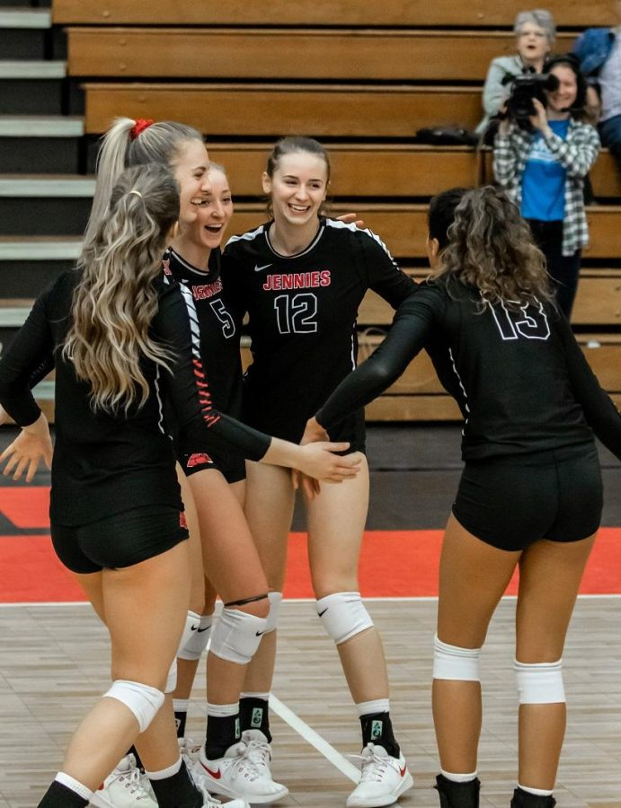 The Jennies are heading to the NCAA Central Regional for the first time since 2015. Pictured left to right: Kylie Hohlen, Audrey Fisher, Ally Offerdahl, Rylee Neigenfind and Aubree Bell. (Photo by Peter Spexarth/For the Muleskinner)