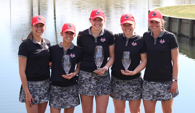 From left, Emma Solovic, Molly Saporito, Madison Grisham, Olivia Sobaski and Rosie Klausner won the Jennies Golf Invitational for the second straight tournament victory. (Photo by Jason Brown/Managing Editor)