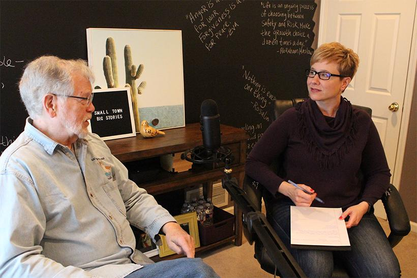 Jill Szoo Wilson interviews John Hess, former UCM biology professor, at her in-home studio to discuss Hess' purpose. (Photo by Erin Wides/Features Editor)
