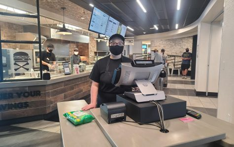 Graduate student Janola Sauther said she enjoys working at Cru5h as it comes with a certain amout of freedom to move around. The new dining option offers items ranging from burritos to tater tots.