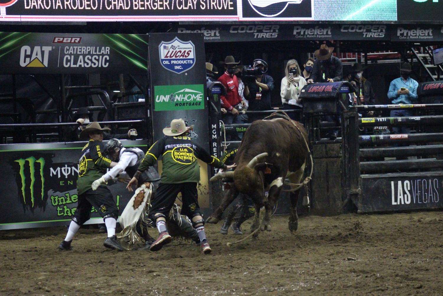 Cowboys+%26+Covid-19%3A+Professional+Bull+Riding+Event+Hosted+in+Kansas+City